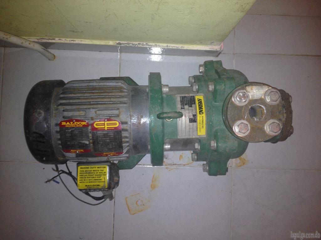 Bombas de agua para cisternas cascadas o fuentes lapulga for Bomba cascada agua